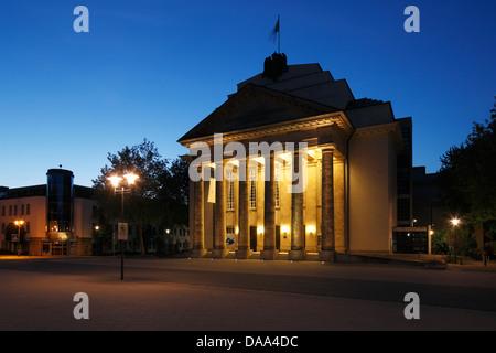 Abendaufnahme vom Landestheater Detmold, Teutoburger Wald, Nordrhein-Westfalen - Stock Photo