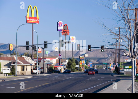Canyon Road offers a variety of fast food joints from MacDonalds to Taco Bell, Ellensburg, Kittitas County, Washington - Stock Photo