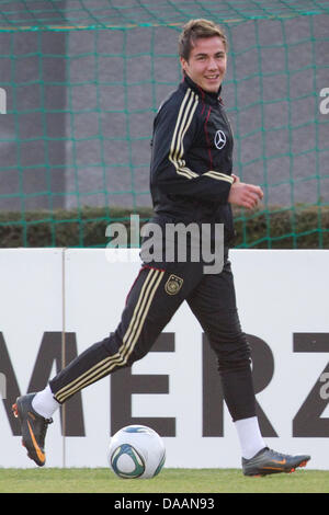 German national team player Mario Goetze plays during a training of the German national team at the Sports Center - Stock Photo