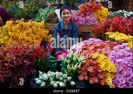 Flower market, Hpa-an, Karen State, Myanmar (Burma), Asia - Stock Photo