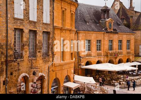 The old town of Sarlat la Caneda, Dordogne, France, Europe - Stock Photo