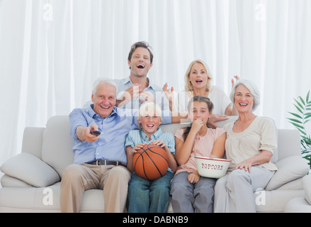 why watching television for an extended How to quit watching tv according to some studies, the average american watches almost five hours of tv per day that is equivalent to 35 hours per week and almost two months per year.