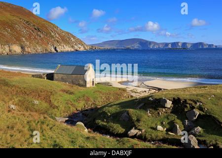 Keem Beach on Achill Island, County Mayo, Connaught (Connacht), Republic of Ireland, Europe - Stock Photo