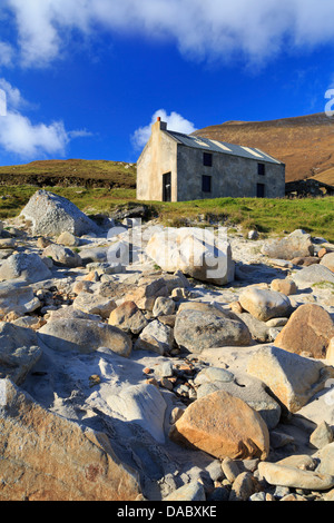 Keem Beach on Achill Island, County Mayo, Connaught (Connacht), Republic of Ireland, Europe - Stock Photo