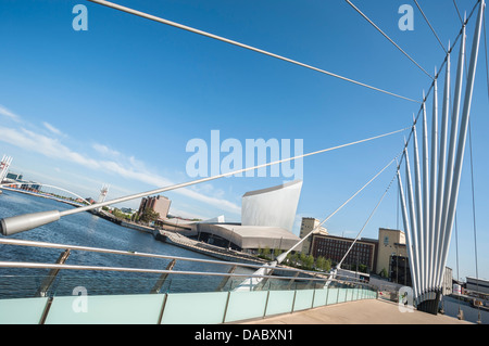 Bridge over the Manchester Ship Canal at Salford Quays, Greater Manchester, UK - Stock Photo