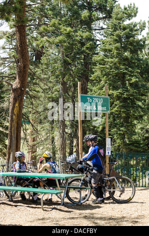 Mountain bikers resting at Big Bear Lake, California. - Stock Photo