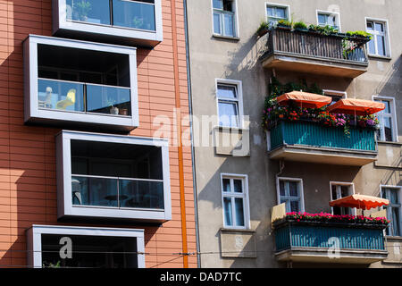 A luxury new building is on the corner of Pappelallee / Buchholzer street in Berlin's Prenzlauer Berg district, - Stock Photo