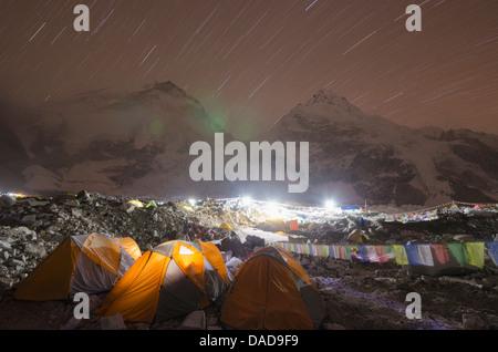 Tents at Everest Base Camp at night, Solu Khumbu Everest Region, Sagarmatha National Park, UNESCO Site, Nepal - Stock Photo
