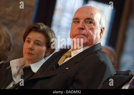 The former German Chancellor Helmut Kohl and his wife Maike Kohl-Richter sit next to each other during the awarding - Stock Photo