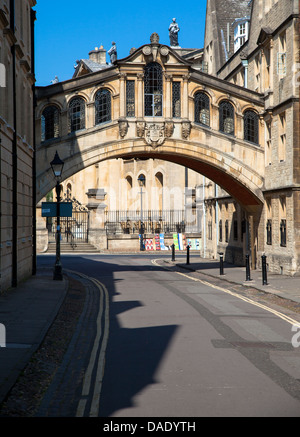 Hertford Bridge, popularly known as the Bridge of Sighs, Oxford, UK - Stock Photo