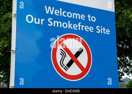 No smoking sign - Stock Photo