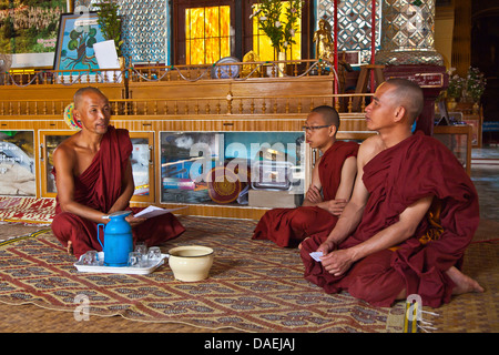 BUDDHIST MONKS at  SHWE INN THEIN are located at INDEIN, Burma - Stock Photo