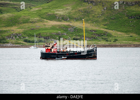 Steam Engined Clyde Puffer Boat Vic 32 at Tighnabruaich - Stock Photo