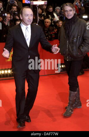 US actor Kevin Spacey (L) and British actor Paul Bettany arrive for the premiere of movie 'Margin Call' during the - Stock Photo