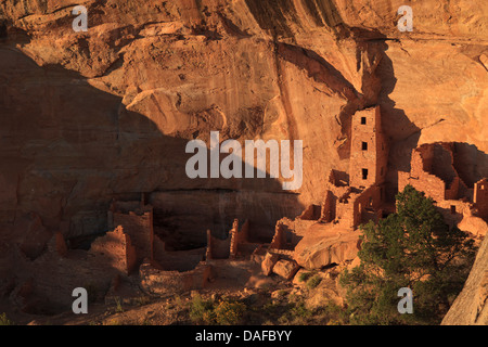 USA, Colorado, Mesa Verde National Park (UNESCO Heritage), Square Tower House dwellings - Stock Photo