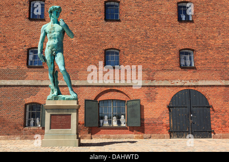Replica of Michelangelo's statue of David outside The Royal Cast Collection building on Langelinie Promenade Copenhagen - Stock Photo