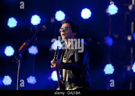 Balado, Kinross, Scotland, UK, Sunday, 14th July, 2013. Lead singer Kelly Jones of Welsh band The Stereophonics - Stock Photo