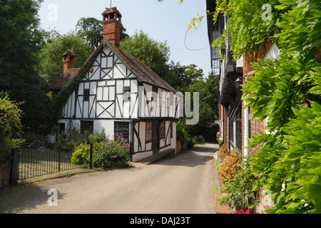 Chilham village in Kent. Picturesque medieval half timbered cottage. A popular tourist destination in South East - Stock Photo