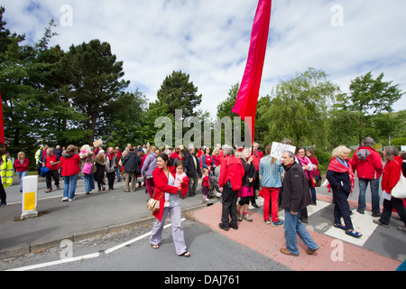 Demonstrators  block the main entrance to Aberystwyth University in support of suspended Arts Centre staff. - Stock Photo
