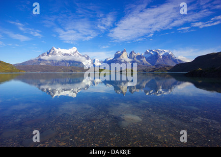 Lago Pehoe in the morning, Paine Grande and Cuernos del Paine in background, Chile, Patagonia, Torres del Paine - Stock Photo