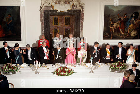 Members of the Danish royal family are pictured at a state banquet initiated in honour of the state visit of the - Stock Photo