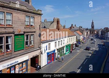 The High Street in Berwick-upon-Tweed England forming part of Lowry Country with the old Town Hall right - Stock Photo