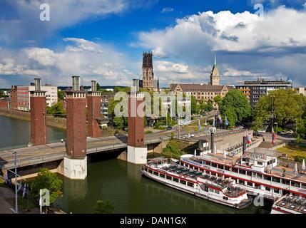 inner harbor, Schwanentor, Salvatorkirche and town hall, Germany, North Rhine-Westphalia, Ruhr Area, Duisburg - Stock Photo