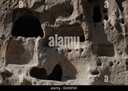 United States. Bandelier National Monument. Anasazi Culture, ancestrals Pueblo Indians. Cliff dwellings. State of - Stock Photo
