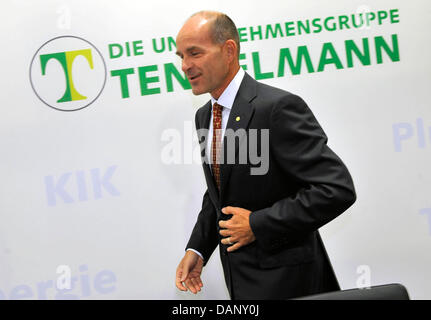 Managing director Karl-Erivan Haub attends a press briefing on annual results of the corporate group Tengelmann - Stock Photo