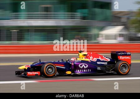 Silverstone, UK. 17th July, 2013. Infiniti Red Bull Racing Red Bull-Renault RB9 driven by Felix Da Costa during - Stock Photo