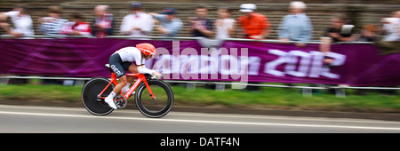 Trixi Worrack, Germany, competing in the Womens Individual Time Trial during the London Olympics - Stock Photo