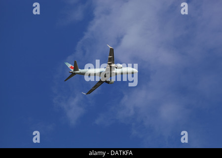 Air Canada Embraer Emb-190, C-FHNW in the sky over Ottawa, Canada, June 12, 2013 - Stock Photo
