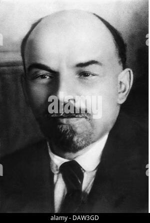 Lenin (Vladimir Ilyich Ulyanov), 22.4.1870 - 21.1.1924, Russian politician, portrait, 1916, - Stock Photo