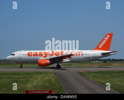 G-EZTG easyJet Airbus A320-214 - cn 3946 4 - Stock Photo