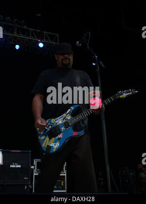 Portsmouth, Virginia, USA. 18th July, 2013. Guitarist FLETCHER DRAGGE of Pennywise live at The Ntelos Pavilion in - Stock Photo