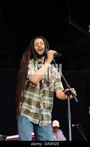 Portsmouth, Virginia, USA. 18th July, 2013. Reggae singer JULIAN MARLEY live at The Ntelos Pavilion in Portsmouth. - Stock Photo
