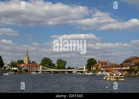 The River Thames at Marlow, Buckinghamshire. - Stock Photo