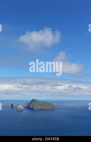 Stac Lee, Stac an Armin and Boreray Islands. Gannet colony. St. Kilda Archipelago. Outer Hebrides. Scotland, UK - Stock Photo