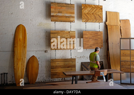 Mark Jupiter Custom Furniture In DUMBO Brooklyn   Stock Photo