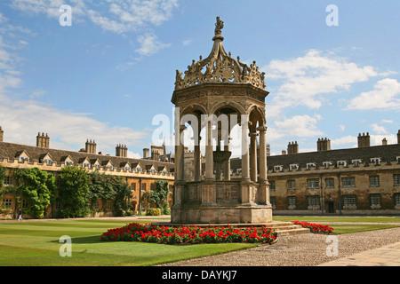 Fountain, Trinity College, Cambridge University, England - Stock Photo