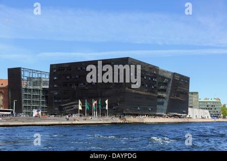 New Royal Library building (Black Diamond Den Sorte Diamant) on Slotsholmen waterfront in Copenhagen Zealand Denmark - Stock Photo