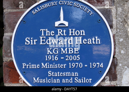 Sir Edward Heath blue plaque outside the home of the former Prime Minister in Salisbury, Wiltshire UK - Stock Photo