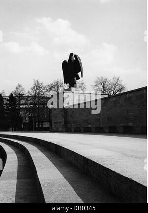 National Socialism / Nazism, 1933 - 1945, emblems, Reichsadler (imperial eagle), swastika eagle on the Nazi party - Stock Photo