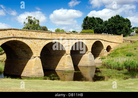 Richmond bridge, Tasmania is the oldest bridge in Australia, built by convicts in 1823. - Stock Photo