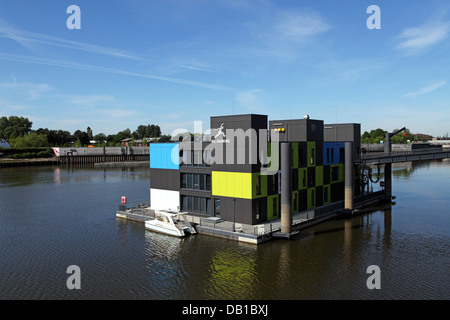The floating dock, the IBA Hamburg visitor centre on Wilhelmsburg Island in Hamburg, Germany. - Stock Photo