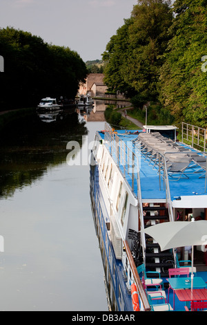 Burgundian canals - Canal du Centre. Canal boats - Stock Photo