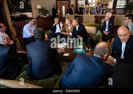 President Barack Obama talks with G8 leaders before a working dinner during the G8 Summit at Lough Erne Resort in - Stock Photo