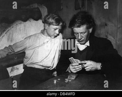 agriculture, mountain farmers, father with son playing cards, 1950s, Additional-Rights-Clearences-NA - Stock Photo