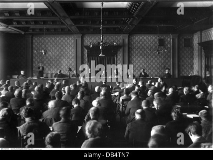 Beer Hall Putsch 1923, trial at People's Court, Munich 1, opening, chief judge Dr.Georg Neithardt, only permitted - Stock Photo
