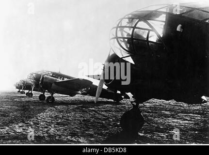military, Italy, air force, Italian light bomber and reconnaissance aircraft Caproni Ca.311, circa 1940, Additional - Stock Photo